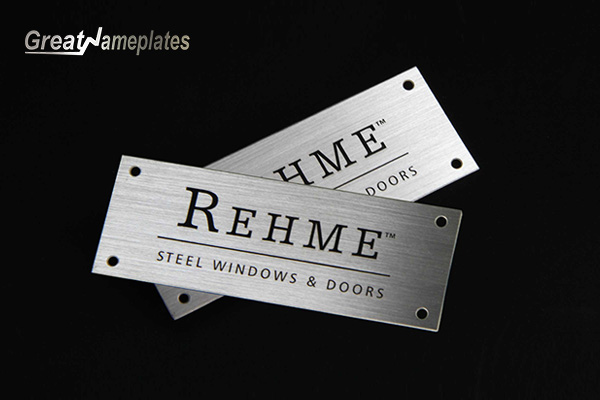 About Brass Name Plates-Greatnameplates.com